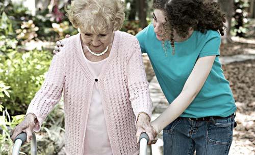 برای رهایی از روزمرگی و یکنواختی  کمک به دیگران