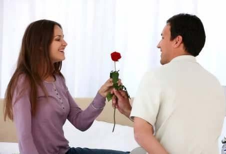 ابراز عشق غیر کلامی به همسر