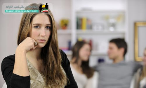عواملی که حسادت زنان را بیشتر می کند
