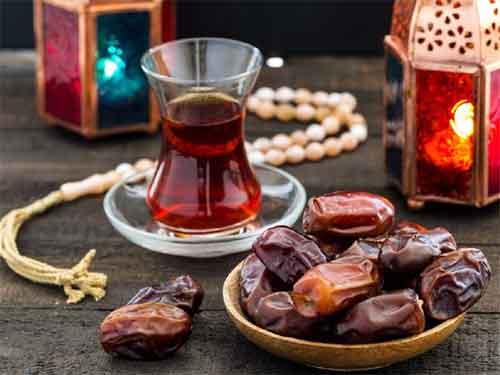 چرا درماه رمضان باید خرما بخوریم