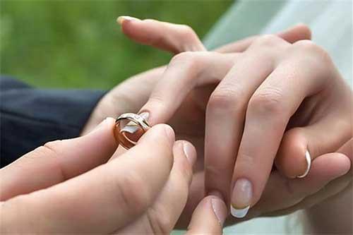 چرا گزینه مناسب برای ازدواج نیست